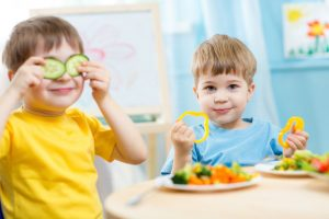 tips για ισορροπημένη παιδική διατροφή